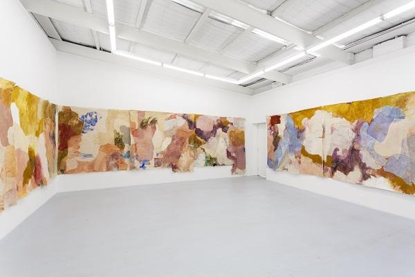 """Jahnne Pasco-White'i näituse """"messmates"""" näitusevaade. Foto Christo Crocker, 2019"""
