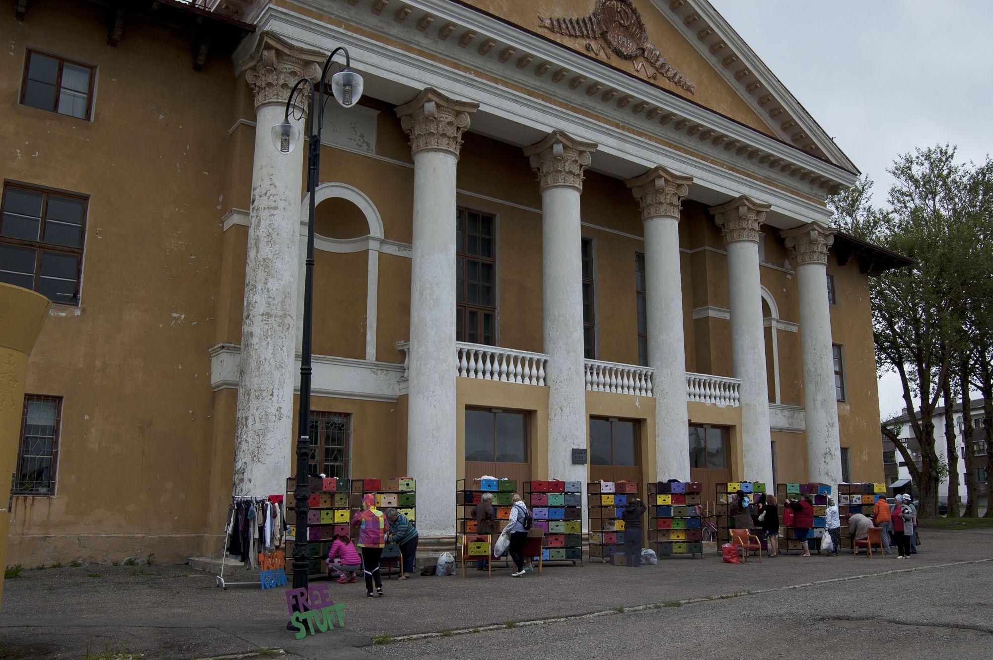 Kraam Sompa Kultuurimaja ees. Foto:Killu Sukmit
