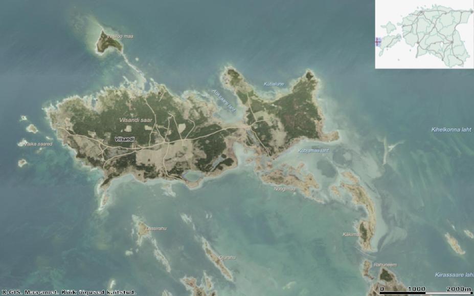 Vilsandi on liitsaar, mille moodustavad kokkukasvanud ovaalne Suur-Vilsandi ja rombjas Väike-Vilsandi. Nende kahe vahel laius varemalt madal Vahemeri, mille asemel on tänapäeval tasane maakael. Allikas: Maa-ameti Geoportaal.